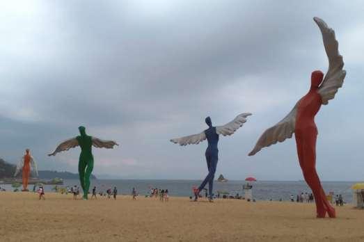 Dameisha-Beach